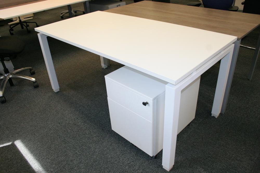 Rolluik Bureau Wit.2e Hands Bureaus Steelcase 2e Hands En Nieuw Kantoormeubilair